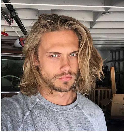lange Haarmodelle - lange haare mann #frisuren #