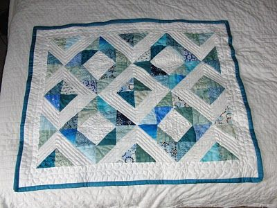 Needles, Pins and Baking Tins: Half Square Triangle Quilt