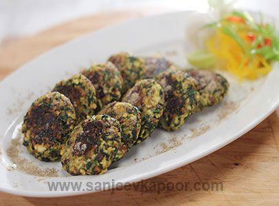 Paneer and spinach bites dishes desserts pinterest sanjeev finger foods forumfinder Images