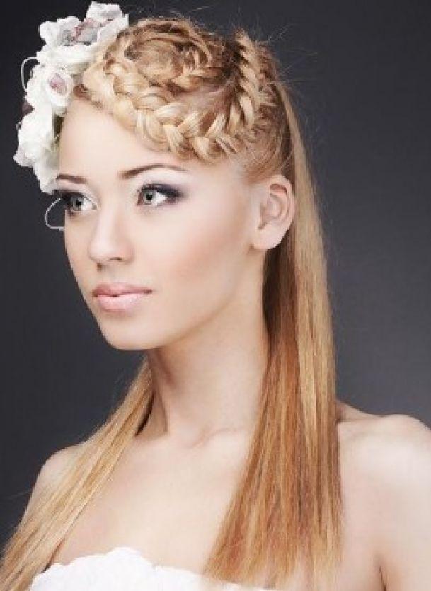 Un tocco di etnico.  #cerimonie #acconciature #hairstyles #bridal #wedding #sposa2014