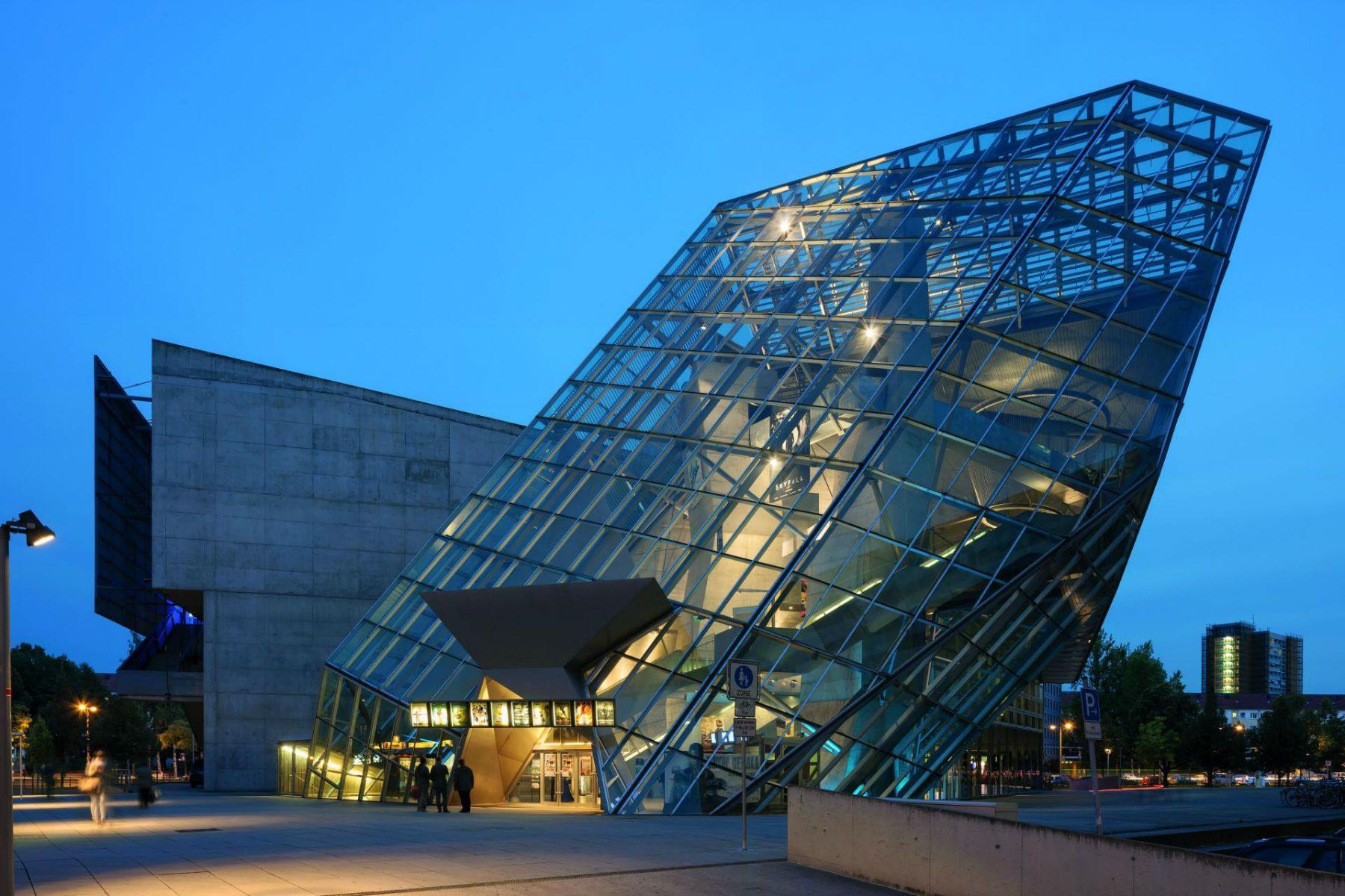 Arch2o Ufa Cinema Center Coop Himmelb L Au 06 Arch2o Com Cinema Architecture Cinema Center Building Concept