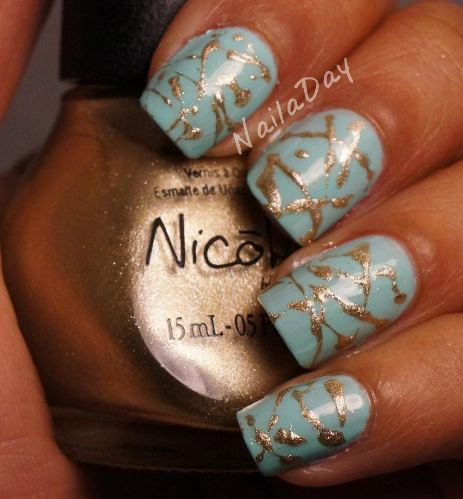 Funky Fingers Mrs. Mint with Gold splash