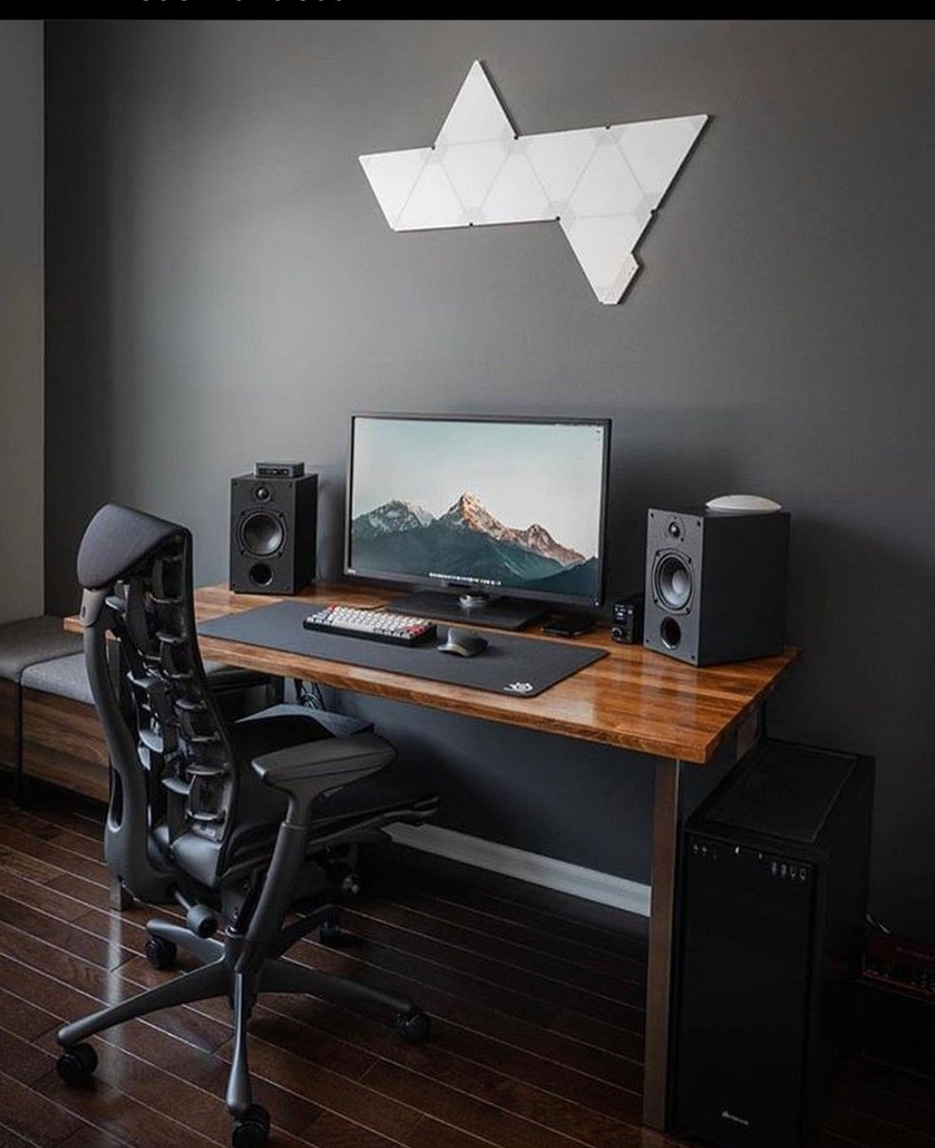 Pin By Jacksepticeye On Room Ideas In 2020 Home Office Setup Desk Setup Room Setup