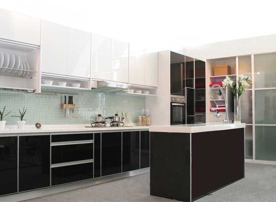 Modern Simple Kitchen Interior with L-Shaped Kitchen Cabinet