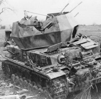 8 The Quad Aa Is Firing Now At Point Blank Range At The T 34 With Explosive Rounds With No Effect The Tank Fires At Close R Tanks Military Tank German Tanks