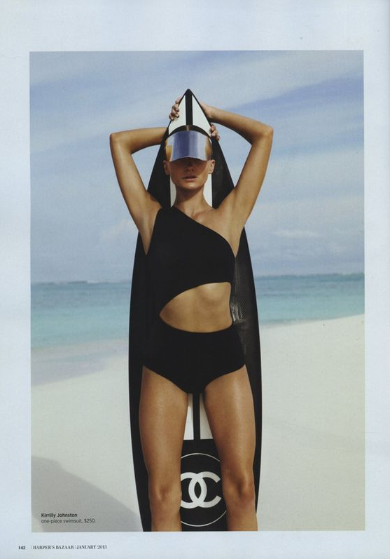 WIth a Chanel surfboard I would surf all day long.