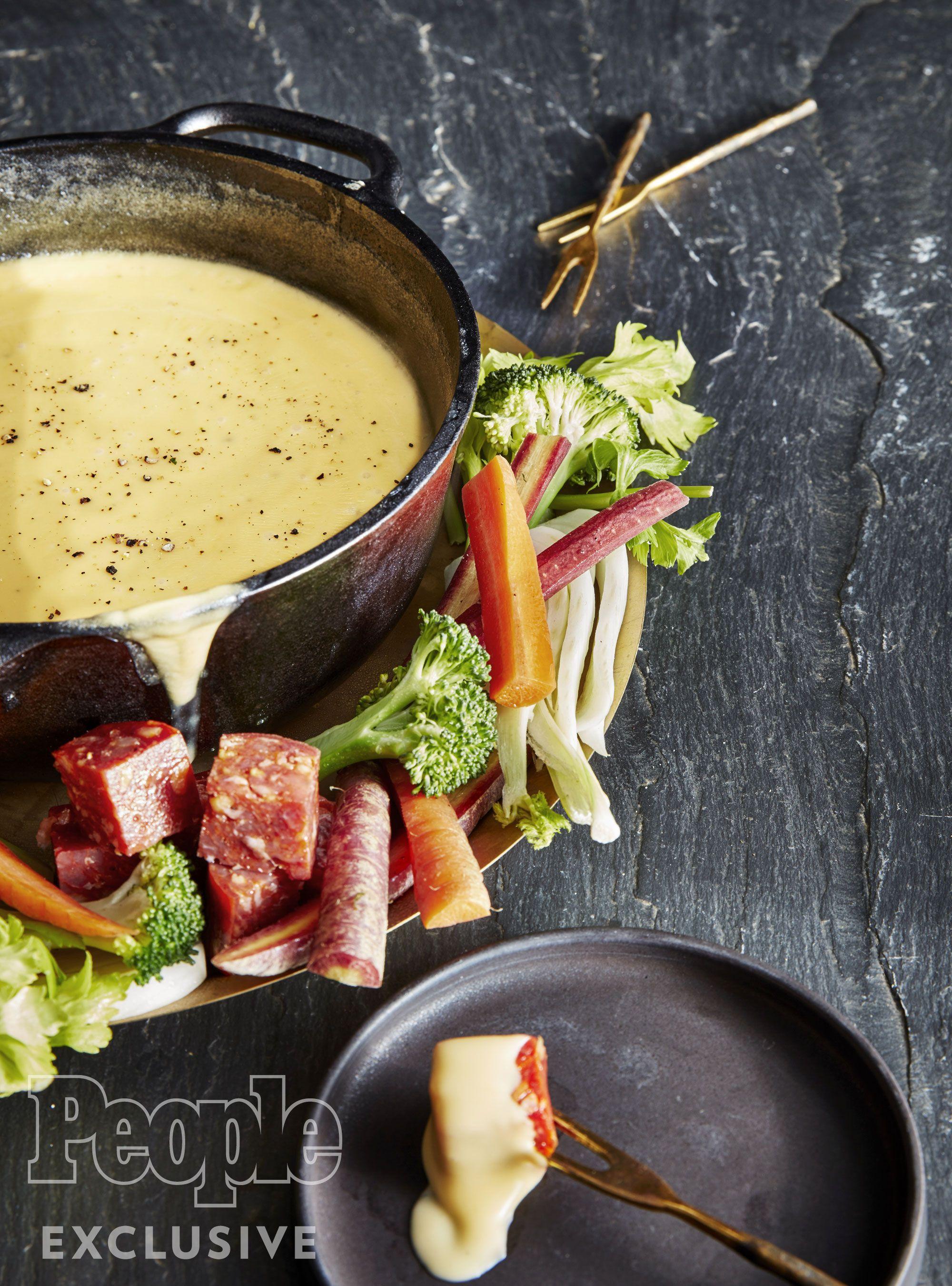 Melissa Clark's Whiskey-Cheese Fondue Recipe | Fondue ...