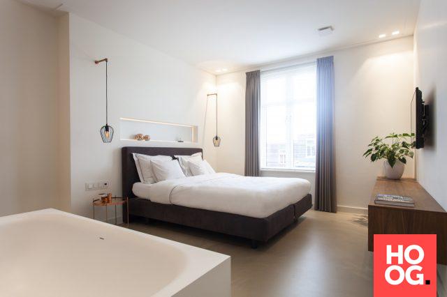 Luxe slaapkamer inrichting met ligbad slaapkamer design bedroom
