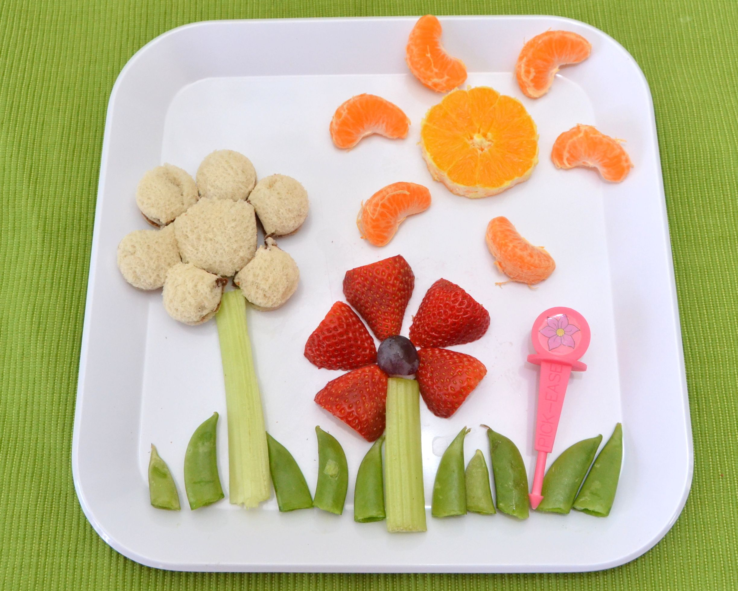 Childrens/' Utensils The Fun Solution For Picky Eaters Pick-Ease Picnic Pack
