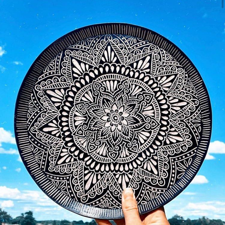 "GR Pottery Forms on Instagram: ""Gorgeous plate by @handeyeheartdesigns 😍  ——————————————————————————— #ceramics #ceramicart #pottery #instapottery #potterytools #handmade…"""