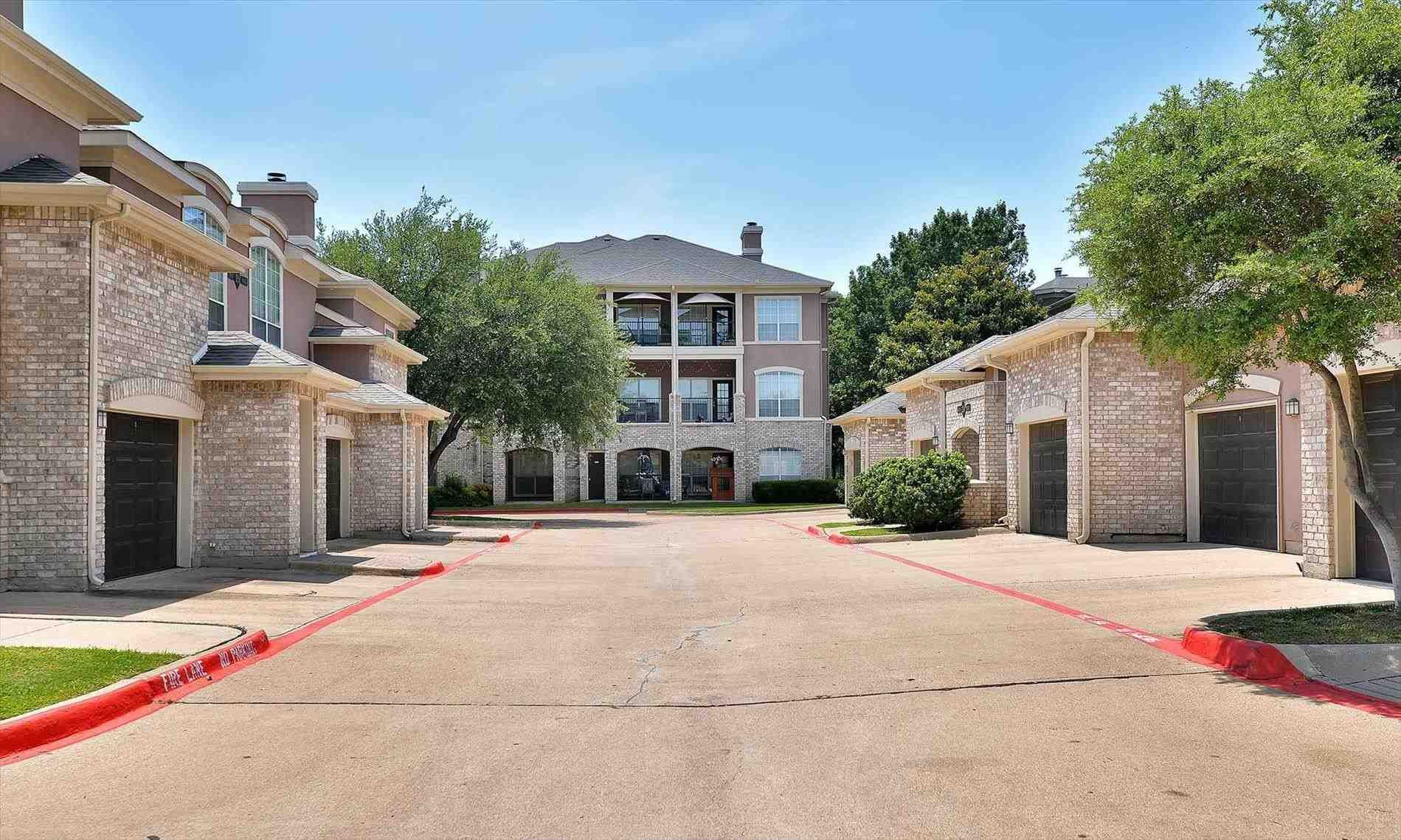 Apartment Plano Project Summary 400 North Ervay Apartments For Rent In Dallas Tx Capital One Plano Free Apartme House Styles Apartment Apartments For Rent