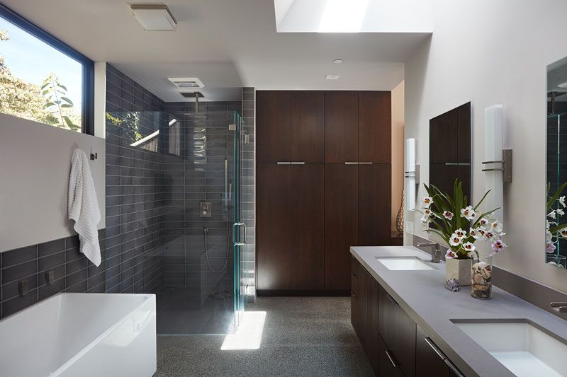 The Design Of This House In California Was Inspired By The Original Mid Century Modern Home It Replaced Simple Bathroom Remodel Cheap Bathroom Remodel Bathroom Remodel Cost