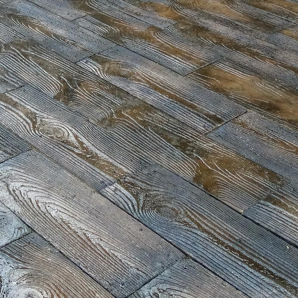 75 sq ft barnwood plank patio on a