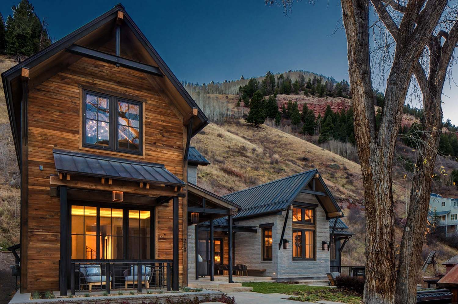 Fabulous Home With Reclaimed Timbers Set Into A Mountainside In Telluride Mountain Home Exterior Mountain House Plans Rustic Exterior