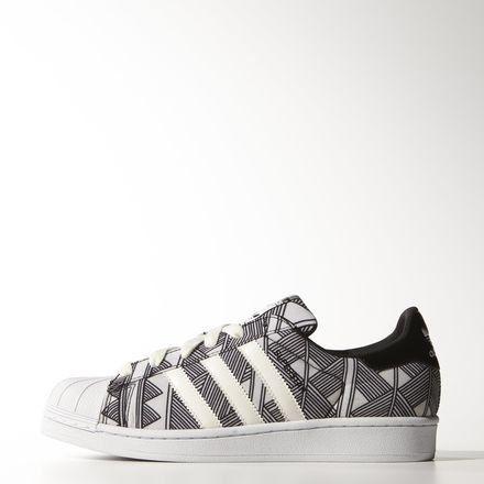 Adidas Superstar W Chaussures Amazon Fr Sports Et Loisirs Chaussure Superstar Chaussure Basket A Talon