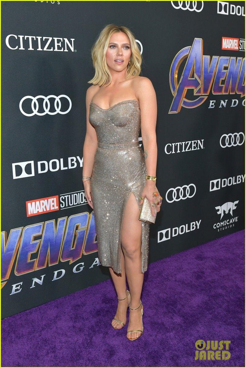 Scarlett Johansson Gets Support From Colin Jost At Avengers Endgame Premiere Strapless Dress Scarlett Johansson Scarlett