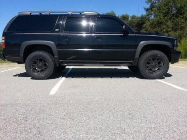 Blacked Out And Lifted 2004 Chevrolet Suburban Z71 Us 9 500 00