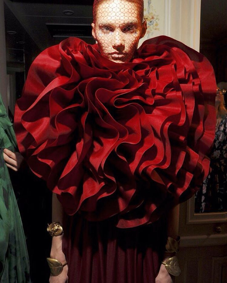 """""Red Obsession"" Haute Couture 3"" Giambattista  Valli"