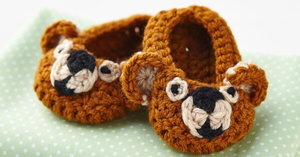 Crochet Teddy Bear Booties [FREE Crochet Pattern]