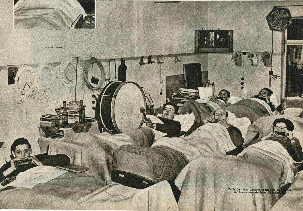 sanatorium Julianaoord 1952 ,muziek door patienten b by janwillemsen.