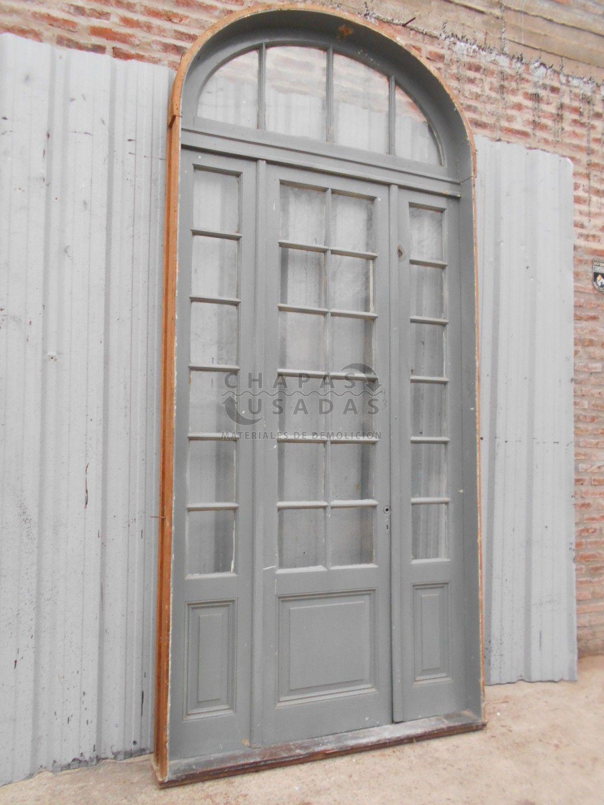 tres antiguas portadas de madera a vidrios repartidos puertas antiguas chapas usadas - Puertas Antiguas De Madera
