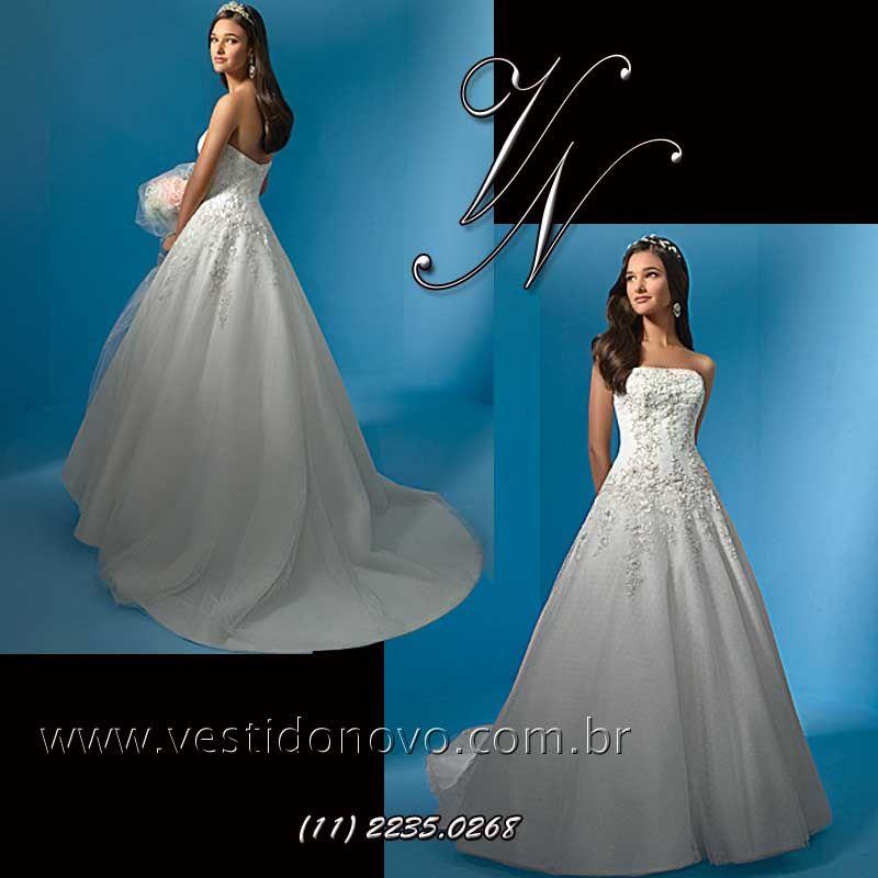 f60c1f6e0 Vestido branco casamento civil da LOJA VESTIDO NOVO onde seu atendimento é  individual e exclusivamente com