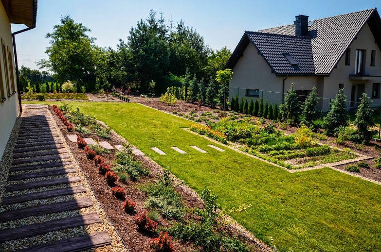 Sciezka Betonowe Drewno Projekt Sztuka Ogrodu Malgorzata Tylec Garden Railroad Tracks Sidewalk