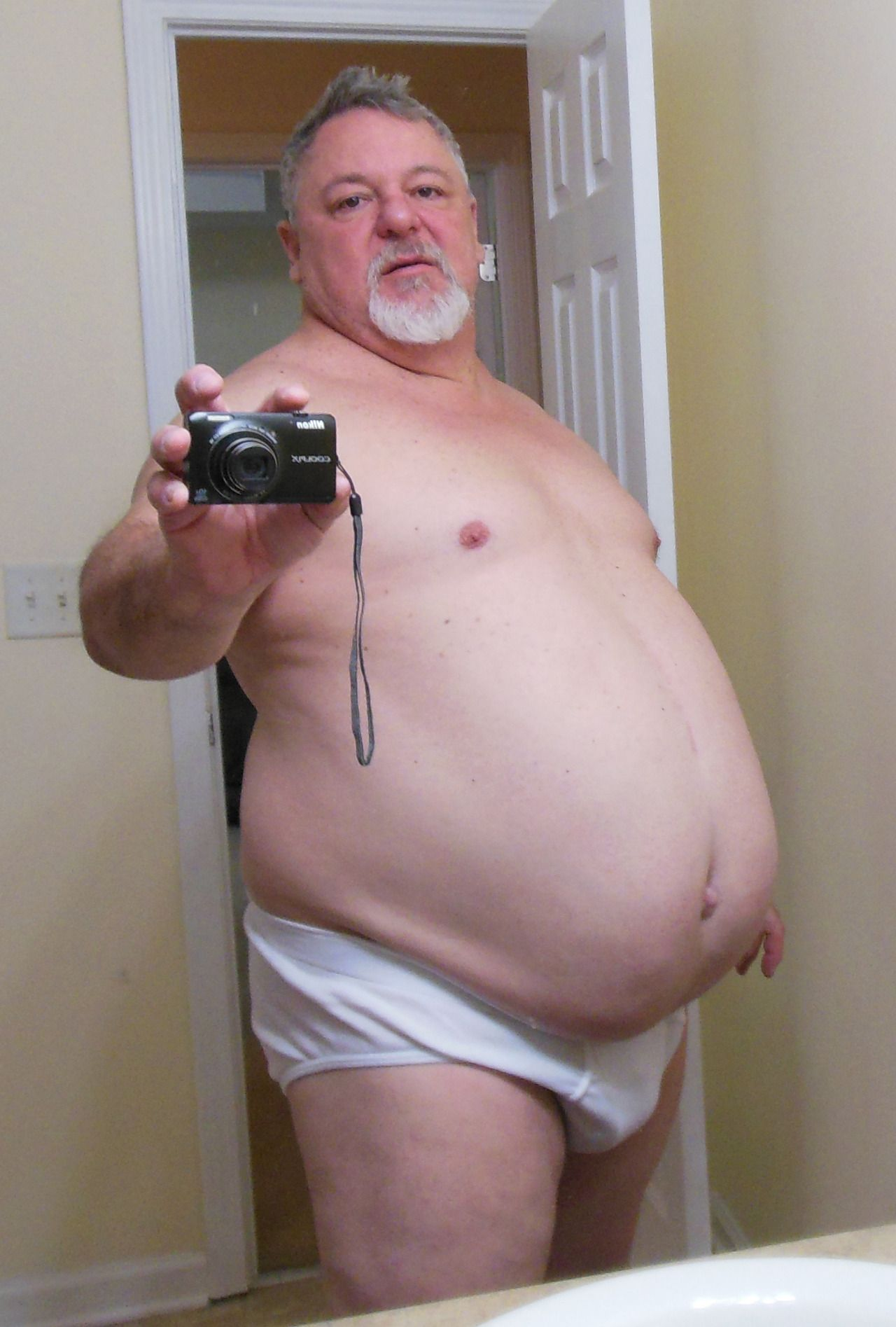 Cute big belly papa