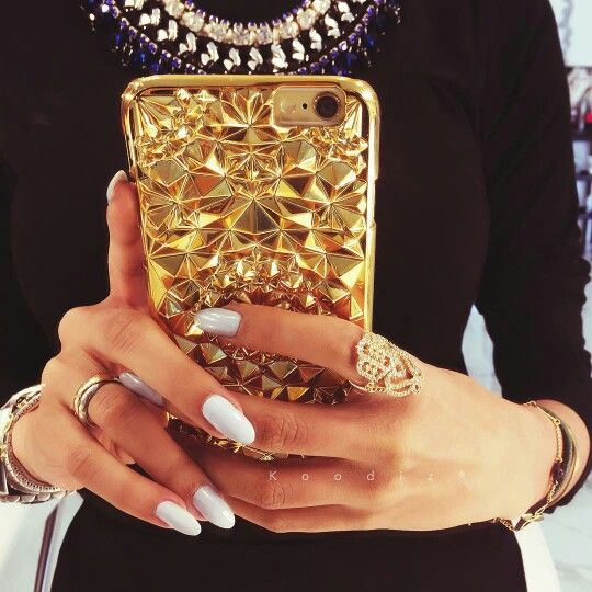 Dope jewelry and good case