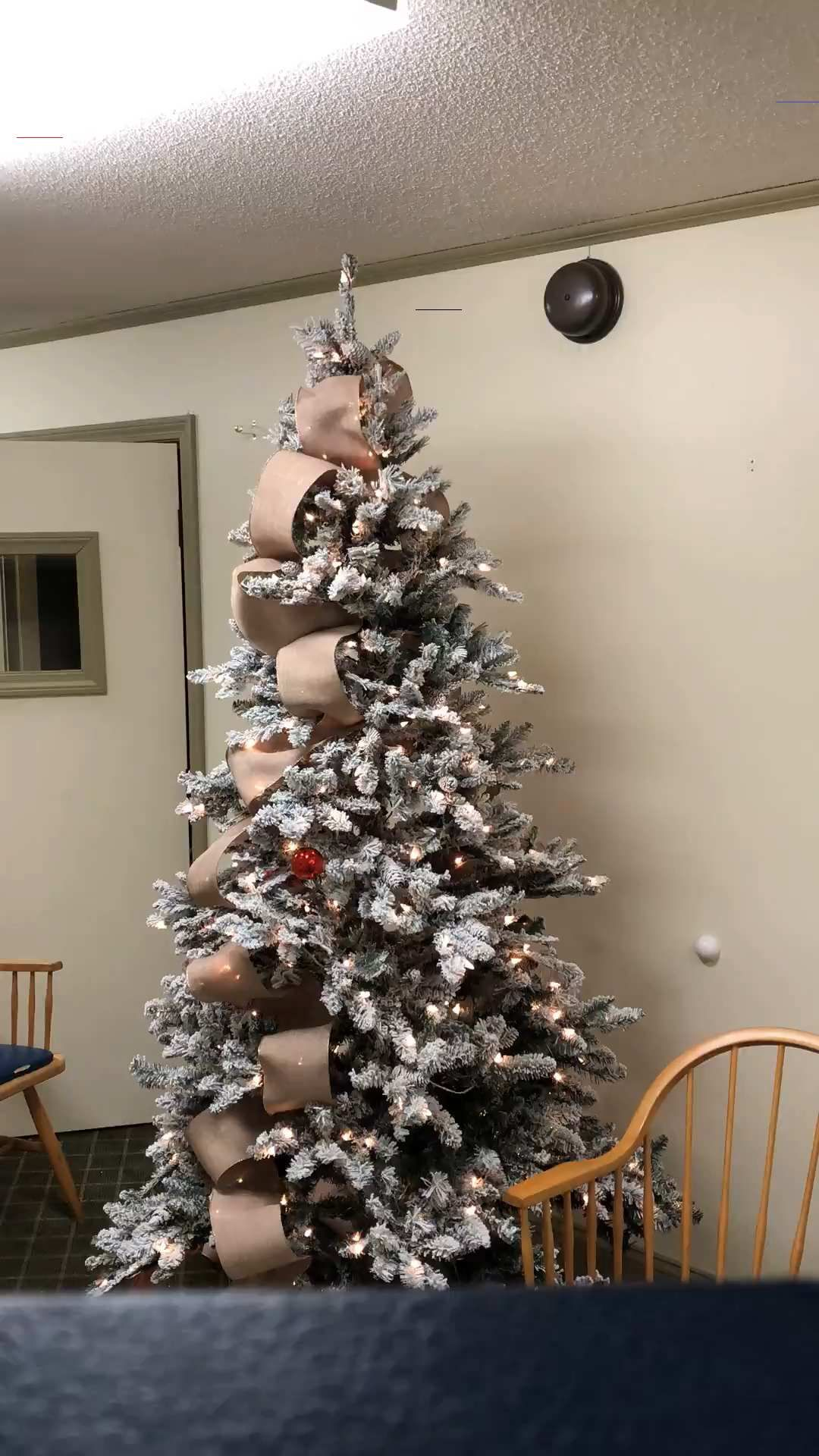 How to put Ribbon on Christmas Trees