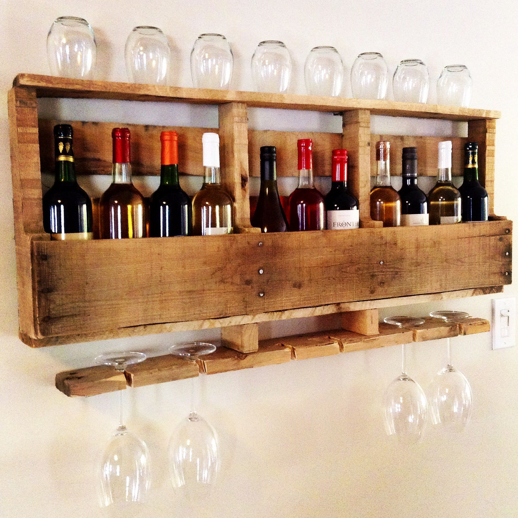 DIY project!! Beautiful #wine rack made out of a wood #pallet ...