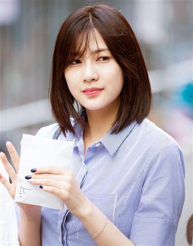 Ask K Pop Singer Short Hair Styles Korean Singer