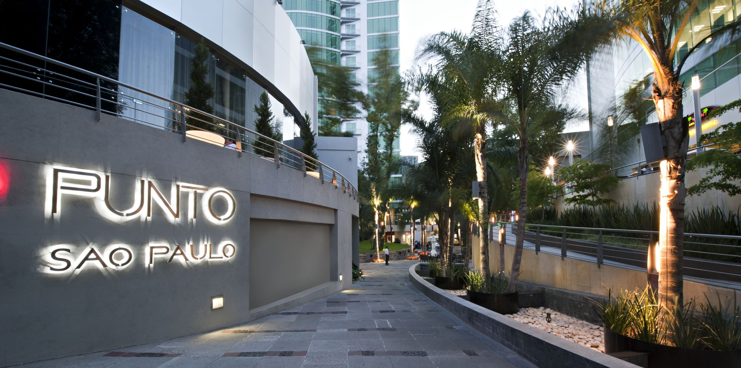 Iluminacion Exterior en Punto Sao Paulo  Iluminacin Exterior  Iluminacin Iluminacin Exterior Guadalajara