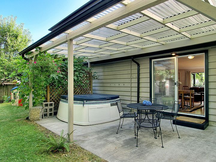 Corrugated Plastic On Trellis Google Search Pergolas