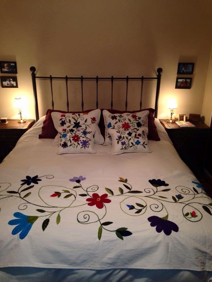 Pie de cama y almohadones ines etcheberry - Pie de cama ...