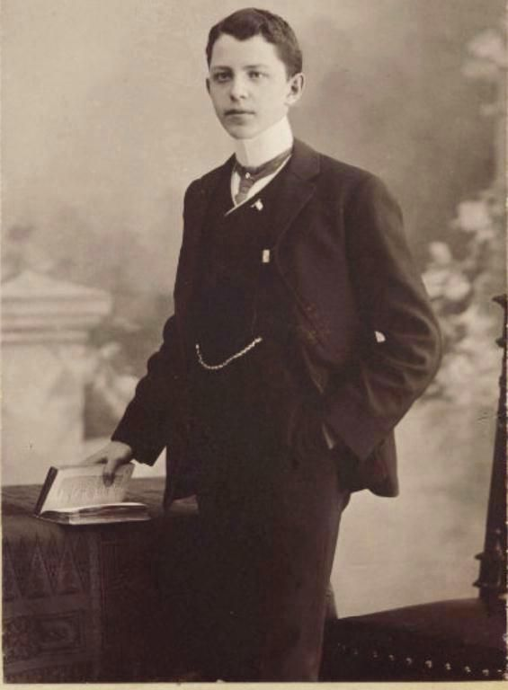 Young Man From Berlin Germany Wearing A Very High Upright Stiff Detachable Collar And Three Piec Victorian Mens Clothing Male Portrait Vintage Photographs