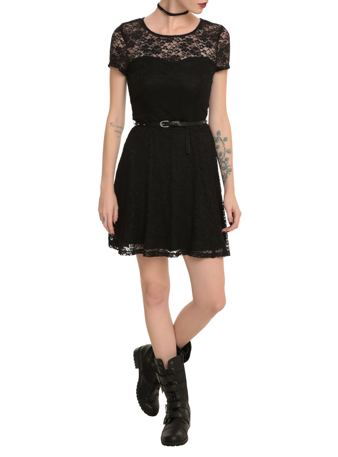 Black lace belted dress black laces hot topic and stockings