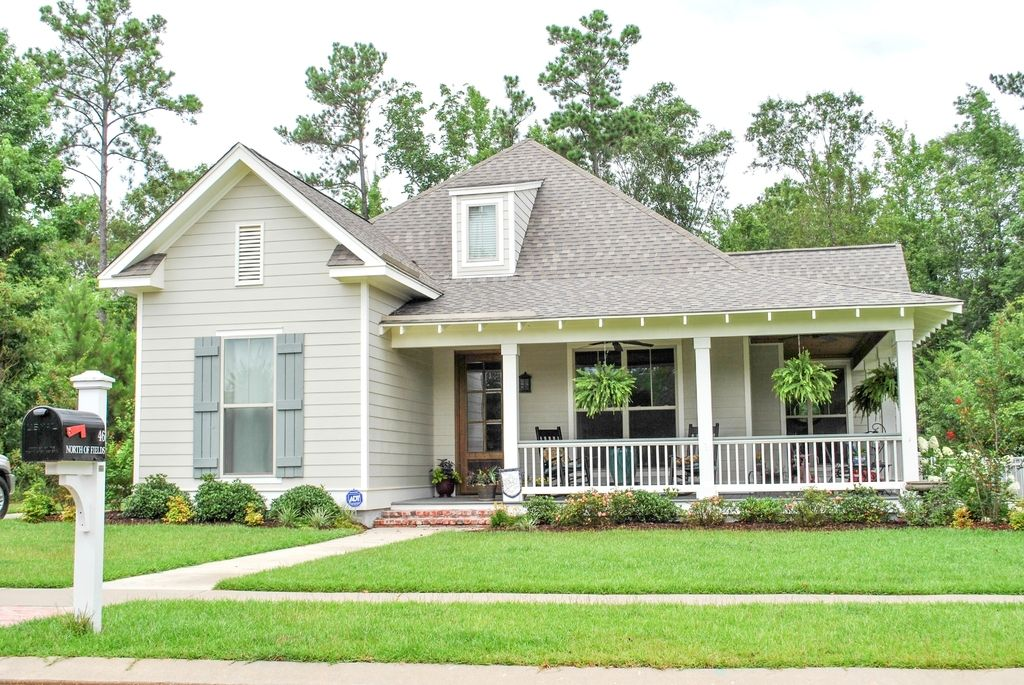 Houseplans Country Style House Plan 3