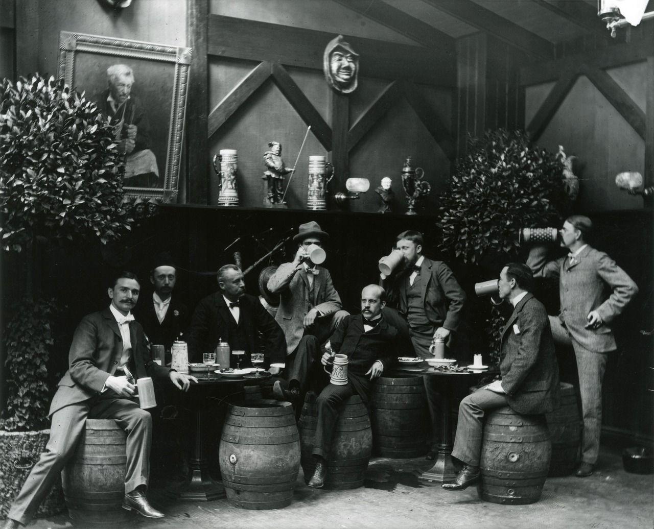 Beer Get Quaffing Gentlemen Robert L Bracklow Munchen