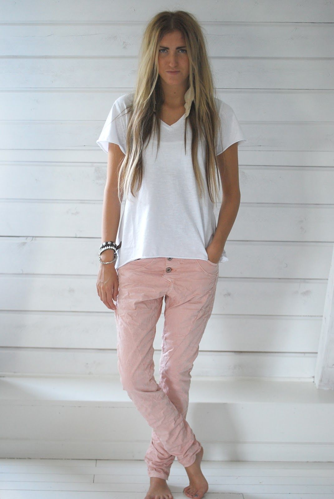 Pink slouch