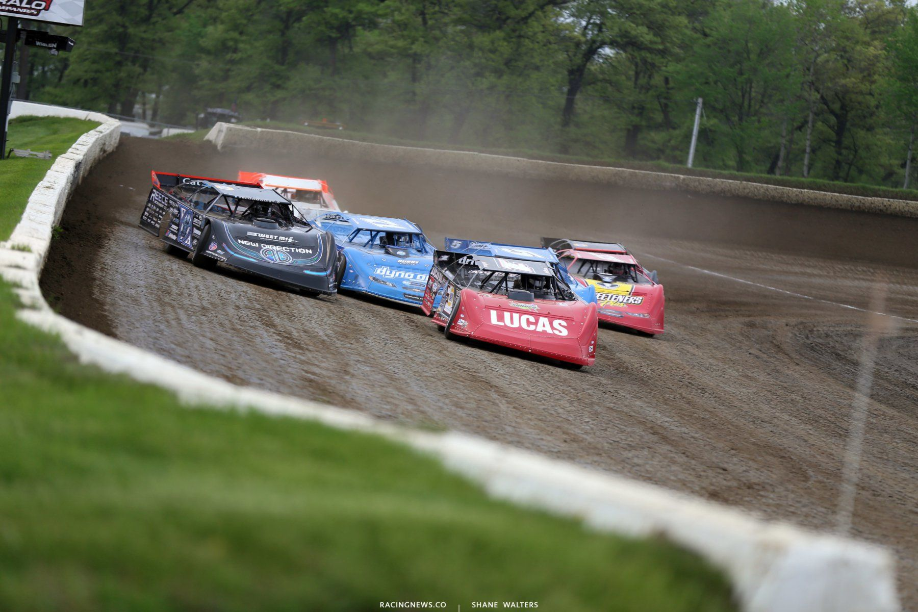 how does a track get on the lucas oil late model dirt series rh pinterest com