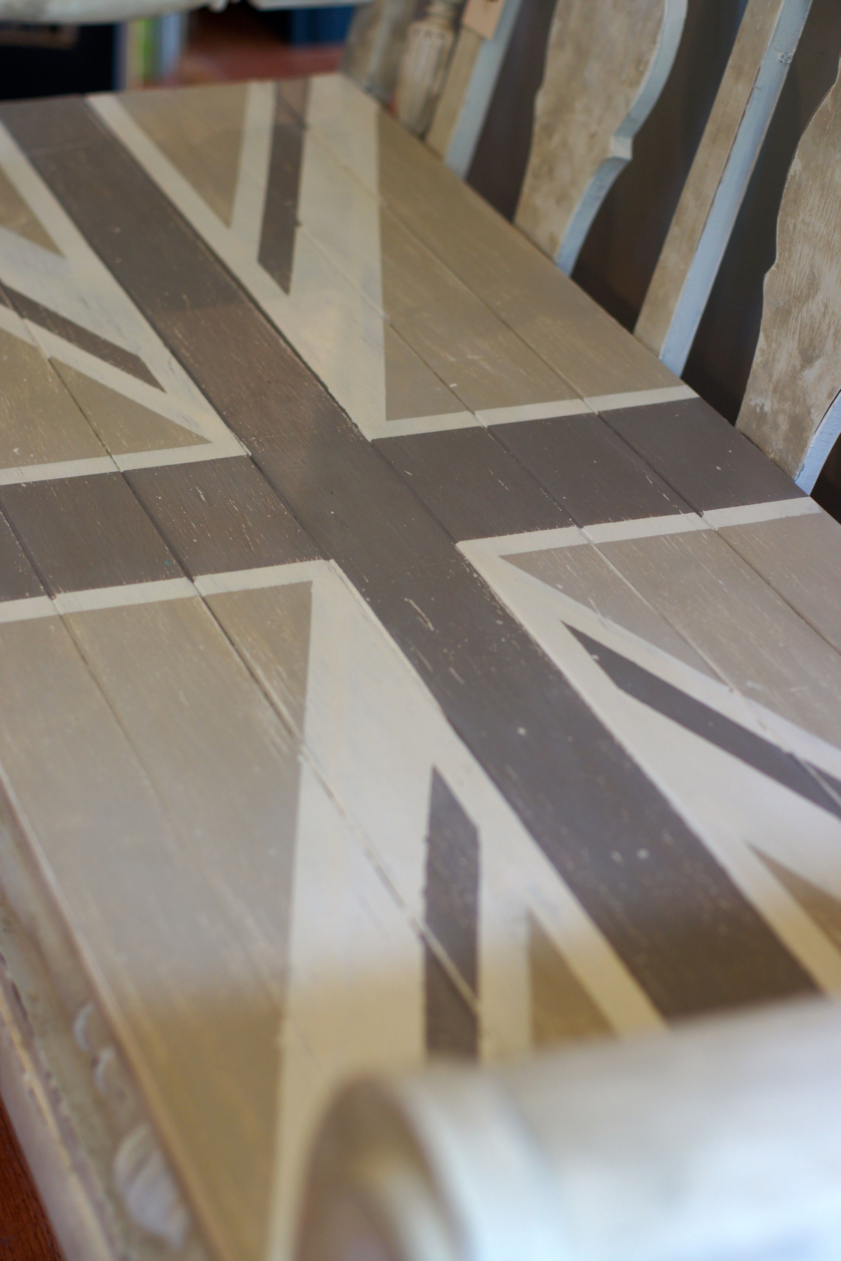 painted furniture union jack autumn vignette. A Union Jack Bench Done In Chalk Paint®: Old White, Country Grey \u0026 Painted Furniture Autumn Vignette N
