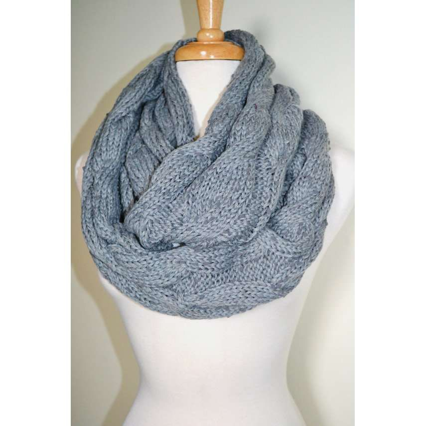infinity scarf pattern free knit | Chunky Knitted Infinity ...