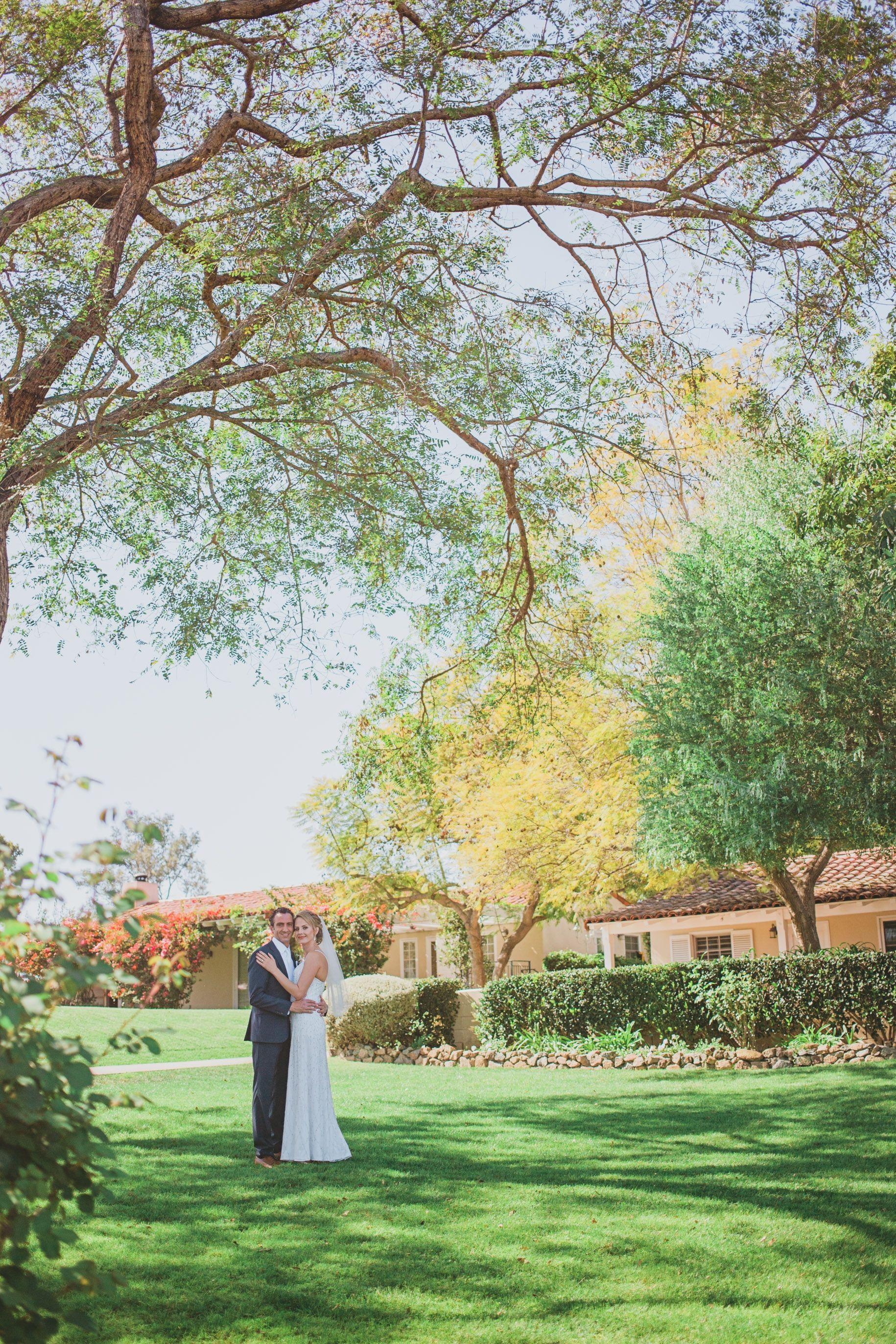 paul and ellie u0027s beautiful backyard wedding photo by studio