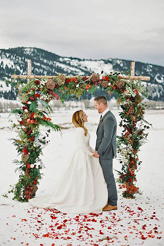 51 Charming Winter Wedding Decorations | Wedding Forward | Winter wedding  arch, Winter wedding decorations, Snow wedding