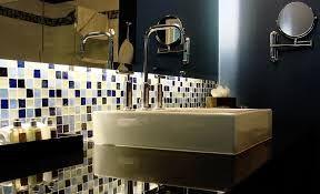 Resultado de imagen para como decorar el baño con venecitas