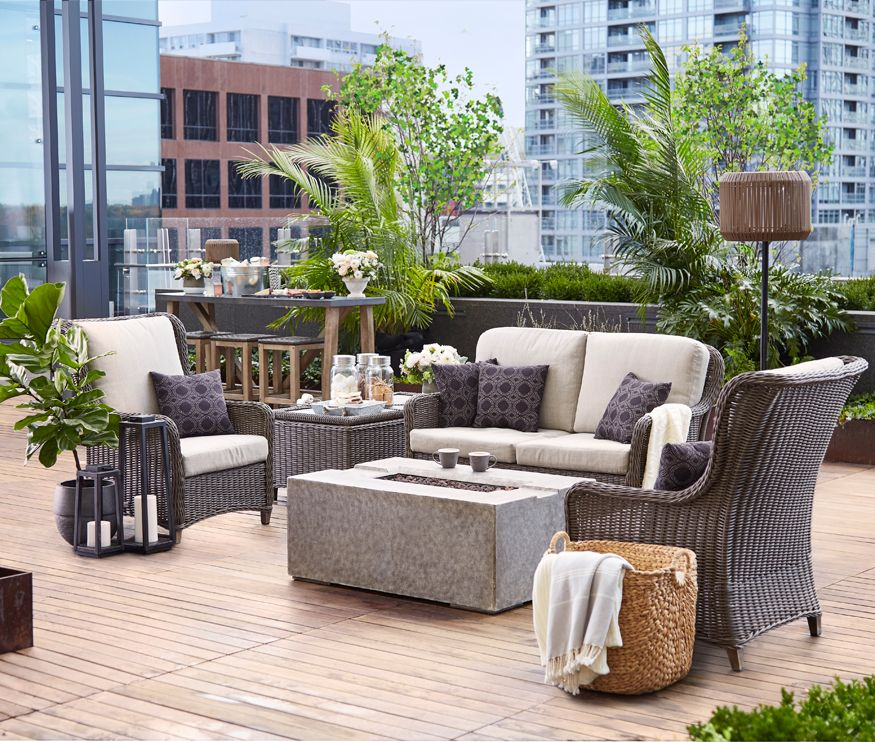 15 Outdoor Living Rooms You'll Never Want to Leave Patio