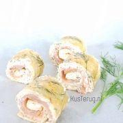 Koolhydraatarme omeletrolletjes met zalm | kan als hapje en lunch