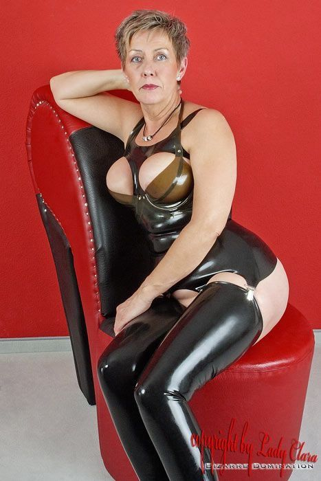 Pretty mature fetish gallery