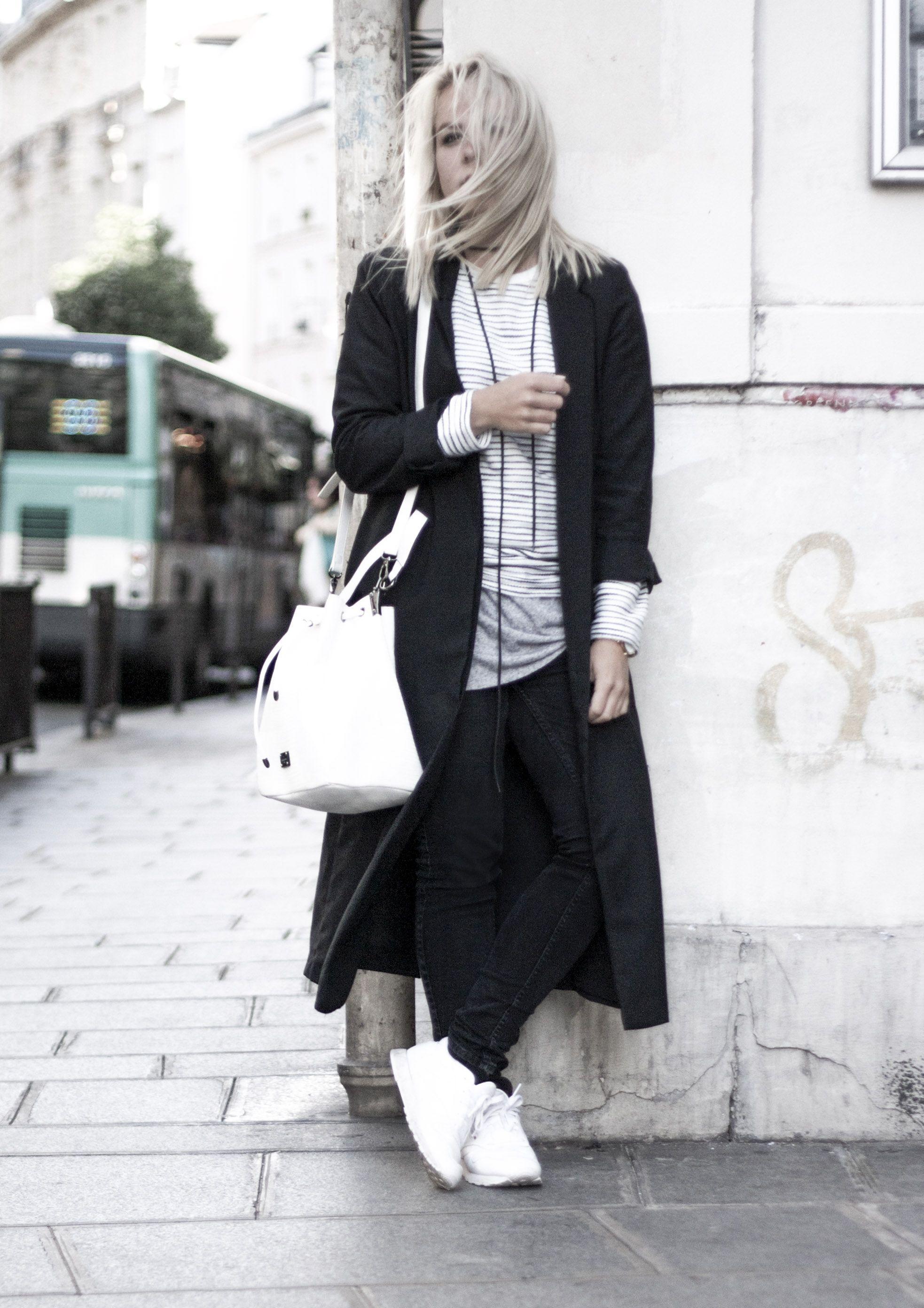 9e49bf4eb7a423 white bucket bag striped sweater reebok sneakers paris le marais  streetstyle Minimal Classic